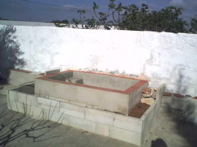 Proceso de construcci n y poblamiento de un estanque de for Estanque de concreto