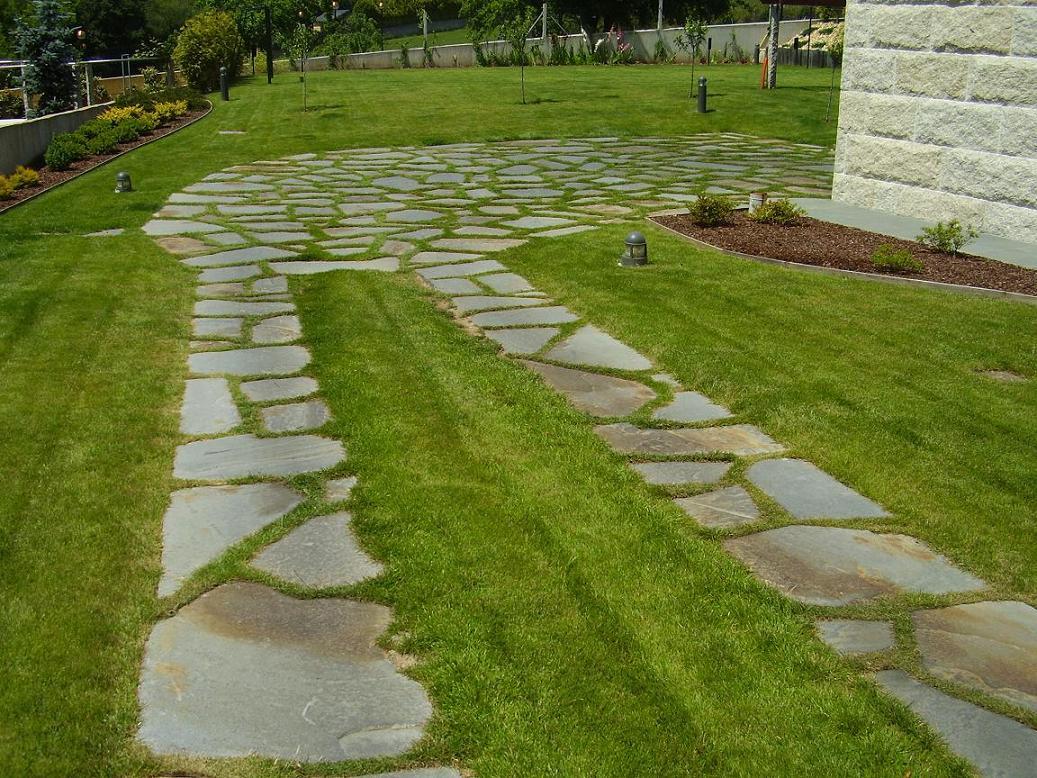 Entrada de coches tengo que arreglar consejos - Bordes para jardines ...