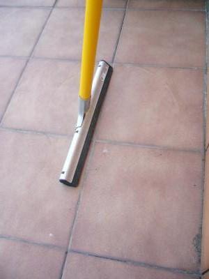 Mantener limpia la terraza for Como limpiar el horno muy sucio