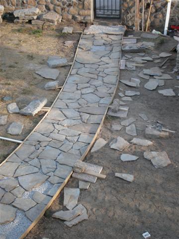 Camino de piedra que he hecho fotos for Caminos de piedra en el jardin
